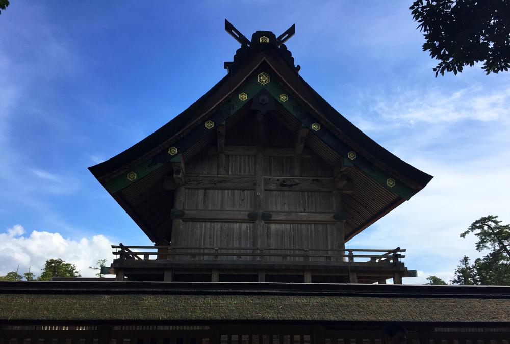 出雲大社本殿の大屋根
