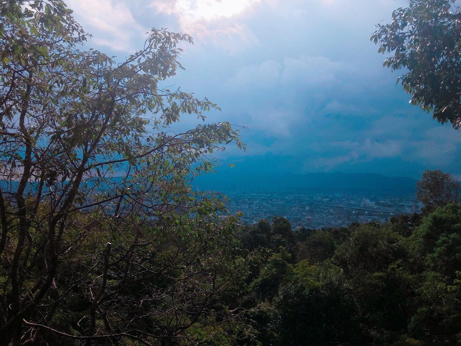 稲荷山から京都市内を臨む