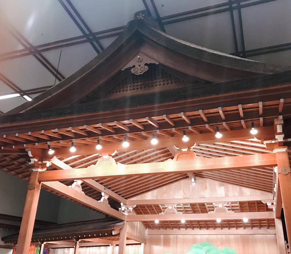 能舞台の屋根