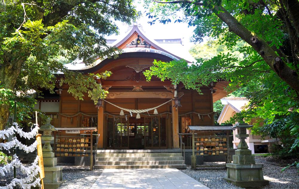 須須神社の拝殿