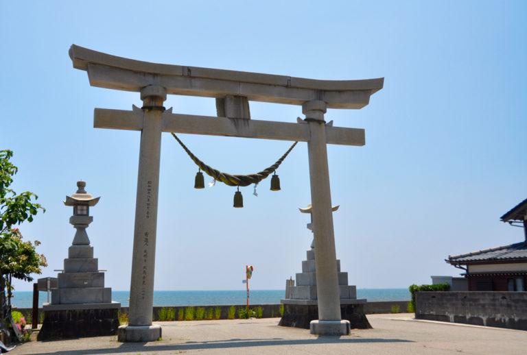 須須神社の鳥居