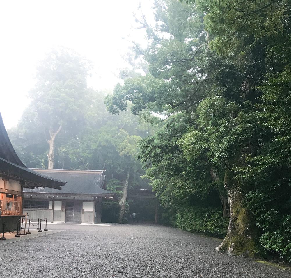 雨上がりの伊勢神宮外宮