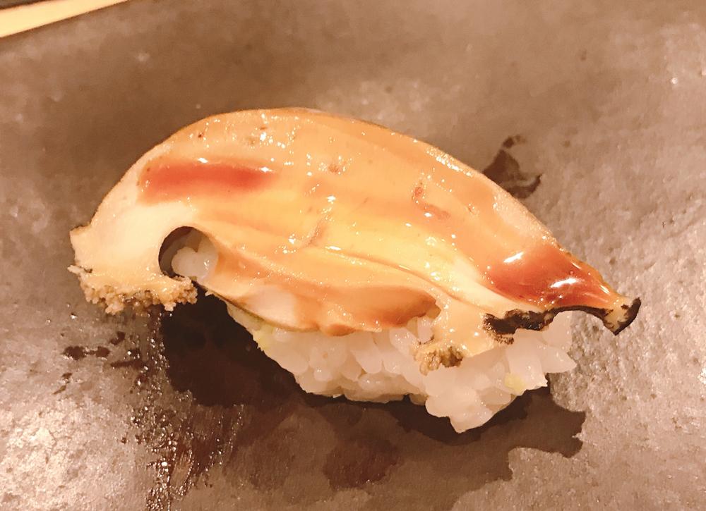 福来寿司の蒸しあわび
