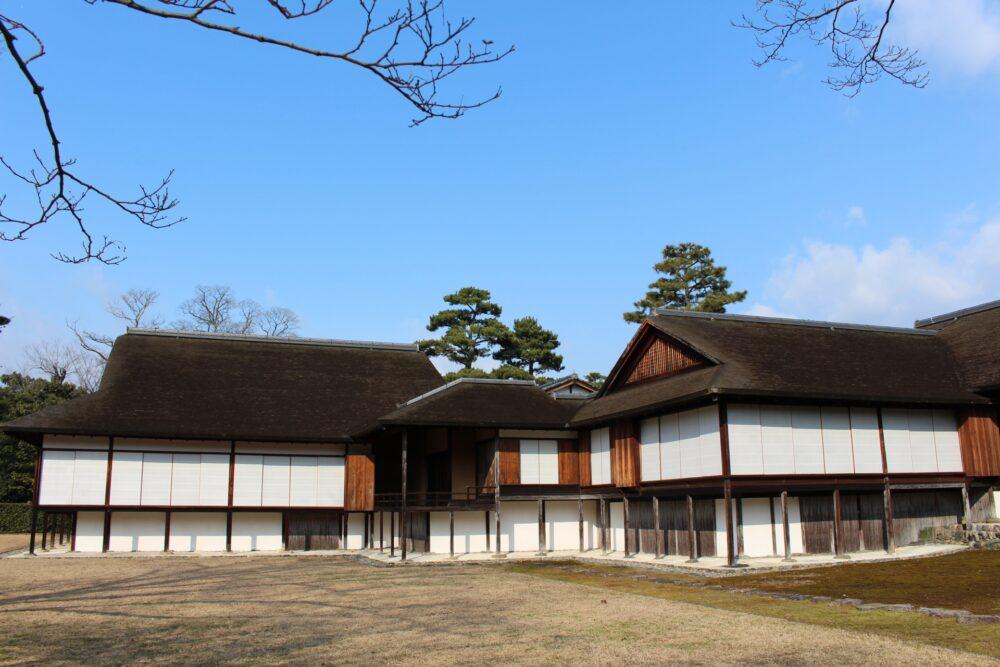 桂離宮の書院は古書院・中書院・新御殿の3つの部分からなる